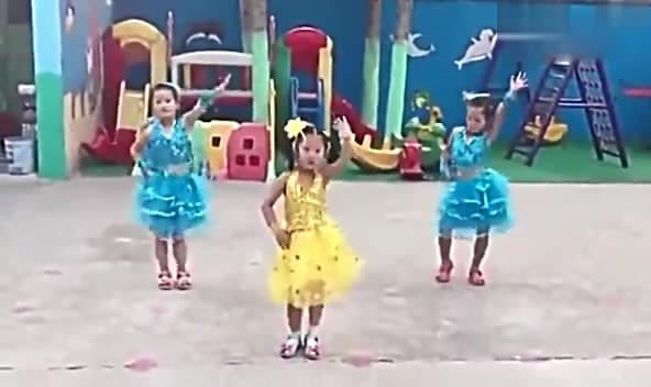 小苹果广场舞:幼儿园儿童舞蹈小苹果