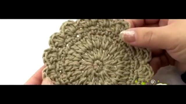钩针编织花样:花边圆形杯垫的钩法