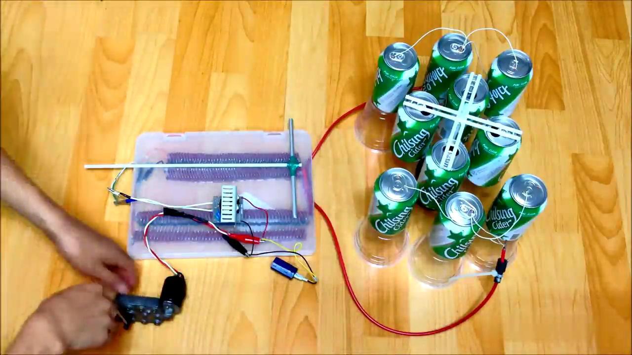 牛人用易拉罐制作简易发电机