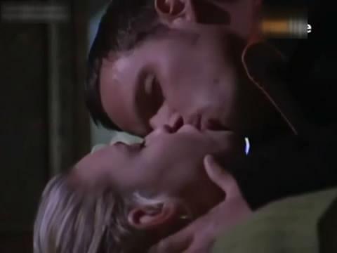 国外床戏吻戏脱戏吻胸《实习医生格蕾》经典十大吻戏