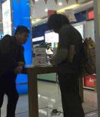 乞丐买iPhone 6  调查:未购买