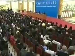 李克强谈简政放权:不是剪指甲是割腕